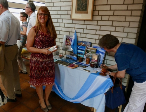 Choosing Argentina-Stand